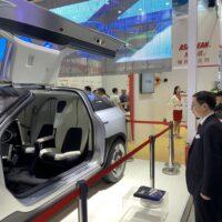 Cina, è ancora crescita per i macchinari per materie plastiche